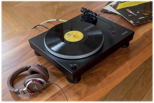 Audio Technica Stero Turntable Sleek Black.JPG